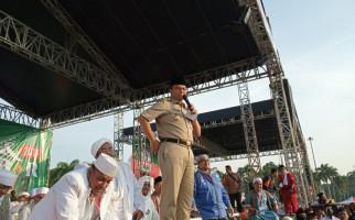 Anies Datang ke Reuni 212 Pakai Seragam Dinas, Kemendagri Bilang Begini - JPNN.com