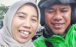 Cerita Haru Aktivis Kemanusiaan Dibonceng Driver Ojol Penyandang Disabilitas - JPNN.com