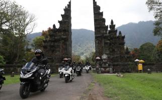 AHM Ajak Penggemar Honda PCX Touring Mewah di Bali - JPNN.com