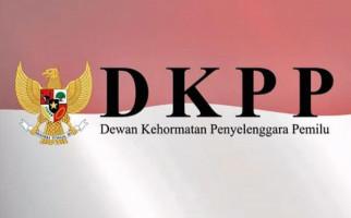 DKPP Berhentikan Dua Penyelenggara Pemilu - JPNN.com