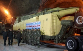 Garda Revolusi Iran Kembali Pamer Kekuatan, Ini Pesan untuk Musuh-Musuh Republik Islam - JPNN.com