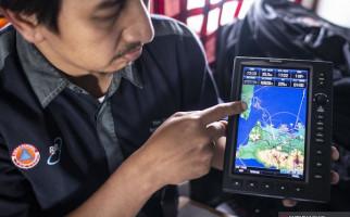 Minimalisir Risiko Banjir, TNI AU Terbangkan Pesawat CN-295di Selat Sunda - JPNN.com