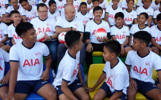Indra Sjafri Beri Coaching Clinic untuk Puluhan Talenta Muda di Medan - JPNN.com