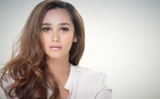 Bercerai, Alexandra Gottardo Dapat Hak Asuh Anak - JPNN.com