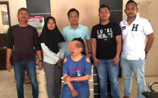 Perempuan Penyebar Video Asusila di MedsosIni Akhirnya Ditangkap Polisi - JPNN.com