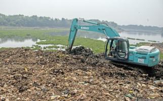Sampah di Sungai Citarum Berkurang - JPNN.com