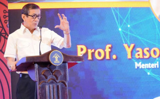Menkum HAM Yasonna: Dahulu Media Tutup Setelah Diberedel Rezim, Kini... - JPNN.com