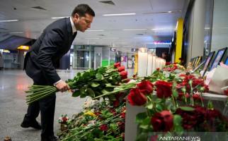 Ukraina Sambut Jenazah Korban Rudal Nyasar Iran - JPNN.com