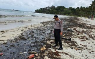 Limbah Minyak Cemari Pantai, Resort di Lagoi Bintan Merugi Miliaran Rupiah - JPNN.com