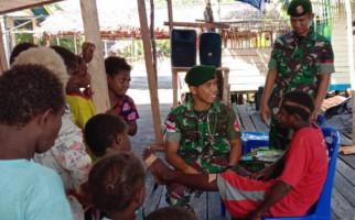 TNI Gelar Pelayanan Kesehatan di Kampung Kaye Kabupaten Asmat - JPNN.com