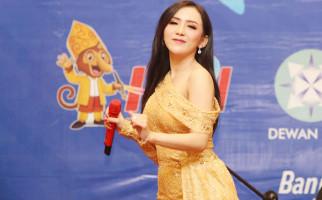 Ucie Sucita Bikin Heboh Gala Dinner Menuju HPN 2021 - JPNN.com