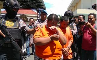 Prostitusi di Vila, Ada yang Asyik Layanan Cinta Bertiga - JPNN.com