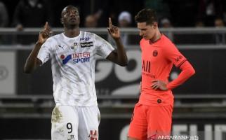 Sempat Tertinggal 0-3, PSG Tahan Imbang Amiens 4-4 - JPNN.com