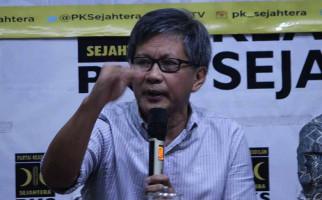 Rocky Gerung Nilai Omnibus Law Cipta Kerja Menghina Bung Karno - JPNN.com