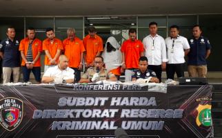Contoh Anak Durhaka, Gadai Sertifikat Tanah Orang Tua Rp 60 Miliar Demi Membeli Narkoba - JPNN.com