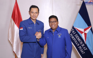 Jokowi Terbitkan Perppu demi Perangi Corona, Irwan Fecho: DPR Harus Tolak! - JPNN.com