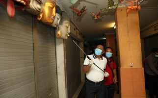 Bupati Gianyar Berikan Insentif Miliaran Bagi Tenaga Medis dan Paramedis - JPNN.com