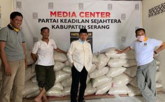 Anggota Fraksi PKS DPR Kembali Potong Gaji Untuk Bantu Rakyat Terdampak Corona - JPNN.com