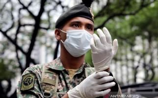 Mereka Bersembunyi di Hutan Karena Takut Banget Virus Corona - JPNN.com