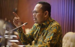 Andi Akmal DPR Sentil Pemerintah Terkait Polemik Impor Buah - JPNN.com
