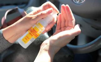 Ingat, Jangan Tinggalkan Hand Sanitizer di Kabin Mobil, Bahaya! - JPNN.com