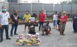 Hidayat Nur Wahid Bantu PMI Terisolasi di Malaysia - JPNN.com