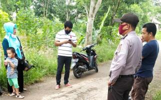 Diadang Pemuda di Tengah Jalan, Mbak Meli Tak Berdaya dan Pasrah - JPNN.com