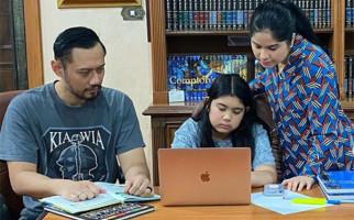 5 Berita Terpopuler: Almira Yudhyono Dirundung Denny Siregar, Bule Asyik Berbikini di Bali, Najwa Lagi - JPNN.com