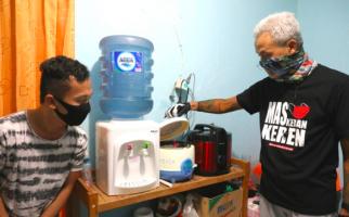 Kunjungi Para Mahasiswa Nias, Ganjar: Pak Bupati, Anakmu Sehat-sehat Semua - JPNN.com