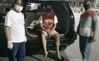 3 Wanita dan 1 Pria Digerebek saat Sedang Asyik Berbuat Terlarang di Indekos - JPNN.com