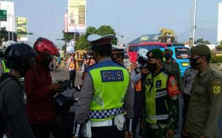 Operasi Ketupat, 103 Ribu Pengendara Kecele Tak Bisa Kembali - JPNN.com