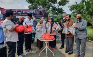 ReJO Bagikan Ribuan Paket Sembako di Kediaman Menteri Sosial Era SBY - JPNN.com