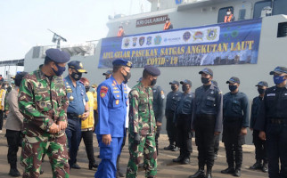 Dukung PSBB Surabaya, Laksma TNI Tedjo Sukmono Pimpin Gelar Pasukan Satgas TNI AL Covid-19 - JPNN.com