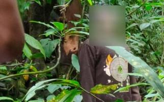 Terungkap Identitas Mayat Pria Tergantung di Tengah Hutan, Oh Ternyata - JPNN.com