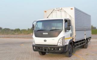 Sambut New Normal, Beli Truk Tata Motors dapat Pikap - JPNN.com