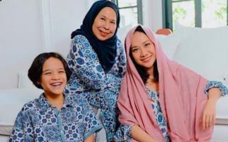 Temani BCL dan Noah Selama 3 Bulan, Ibunda Ashraf Sinclair Jalani Masa Karantina - JPNN.com