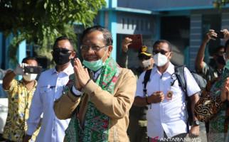 Di Tengah Pandemi Covid-19, Mahfud-Tito Berkunjung ke Anambas, Dalam Rangka Apa? - JPNN.com