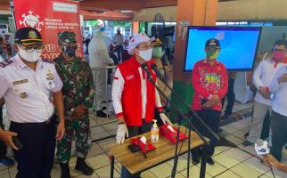 Ribuan Pasukan Oranye dan Sopir Angkutan Umum Ikut Rapid Test bersama Sandiaga - JPNN.com