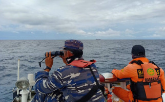 Tim SAR Gabungan Hentikan Pencarian Korban Jatuh di Laut - JPNN.com