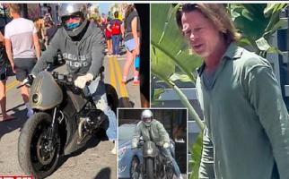 Keren, Brad Pitt Mengendarai Motor Custom saat Ikut Protes Kematian George Floyd - JPNN.com