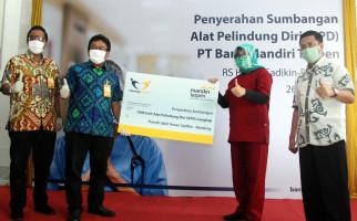 Bank Mantap Serahkan Bantuan APD ke RS Dokter Hasan Sadikin Bandung - JPNN.com