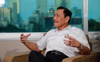 Simak! Luhut Singgung Komentar IMF Soal Utang Indonesia - JPNN.com