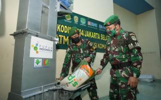 Pupuk Indonesia Salurkan 483 Ton Beras Untuk ATM Pertanian Sikomandan - JPNN.com