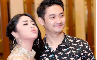 Beri Warning Suami, Dewi Perssik: Kalau Lu Macam-macam, Gue Nikah Lagi - JPNN.com