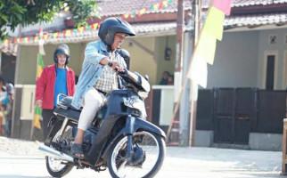 Motor Butut Kang Tisna di Sinetron Tukang Ojek Pengkolan Dijual, Sebegini Harganya - JPNN.com