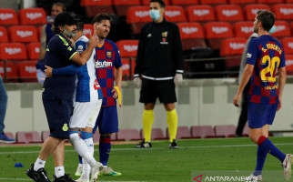 Barca-Madrid Hanya Terpaut 1 Poin, Setelah Hempaskan Espanyol ke Kasta Kedua - JPNN.com