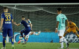 Verona membuat Inter Tertinggal 1 Poin Dari Atalanta - JPNN.com