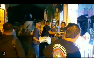 Sungguh Bikin Terharu, Sukarelawan Bawa 5 Ton Beras untuk Perantau Jateng di Surabaya - JPNN.com