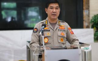 Densus 88 Bekuk Seorang Buronan, Ada Kaitan dengan Munarman? - JPNN.com
