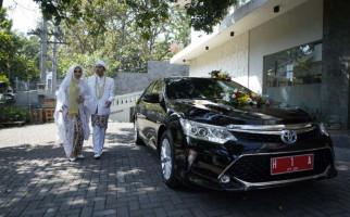 Danu-Heidy jadi Pengantin Pertama yang Pakai Mobil Dinas Wali Kota Semarang - JPNN.com